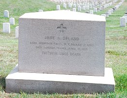 Photo of Jane A. Delano's grave by Linda K. Strodtman, RN CNS, PhD